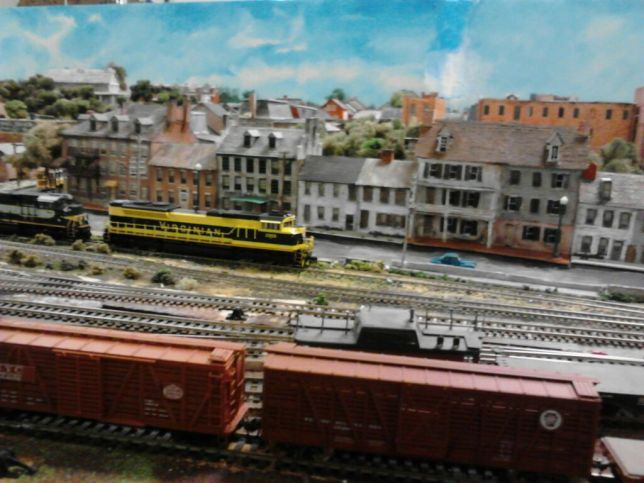 CHPS Train Display 13